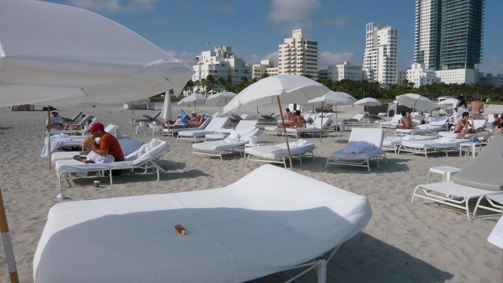 bed delano beach 1024x576 The Delano Hotel