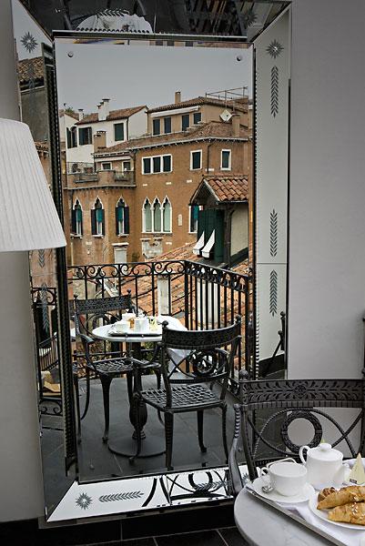 view from hotel palazzina grazzi Hotel Palazzina Grassi